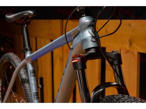 cyclone-sx-catalog-redbike-10.jpg